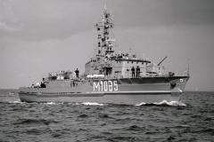 Küstenminensuchboot Minden, M1085, Klasse 320, 920814D-31a